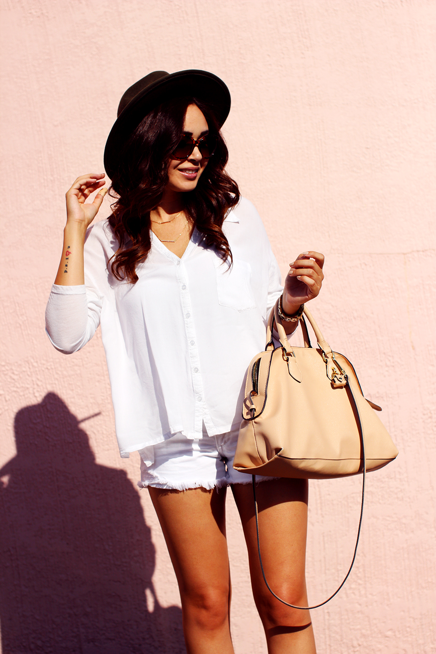 White Fixin To Thrill Austin Fashion Blog Monochrome Latina Texas Summer Style 3
