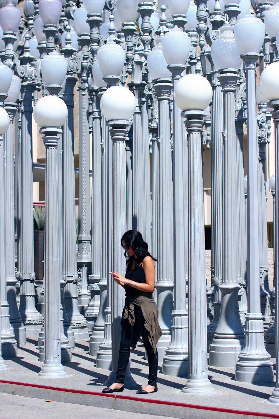 FIXIN-TO-THRILL-CALIFORNIA-VACATION-LACMA-URBAN-LIGHTS-BLACK-CAMERA-BAG-REBECCA-MINKOFF-FALL-ATX-AUSTIN-STYLE-BLOG-SHIRTS-COLORS-TRENDS-FW15-TRENDY-CHIC-GLAM-FASHION-TEXAS-TRAVEL-10