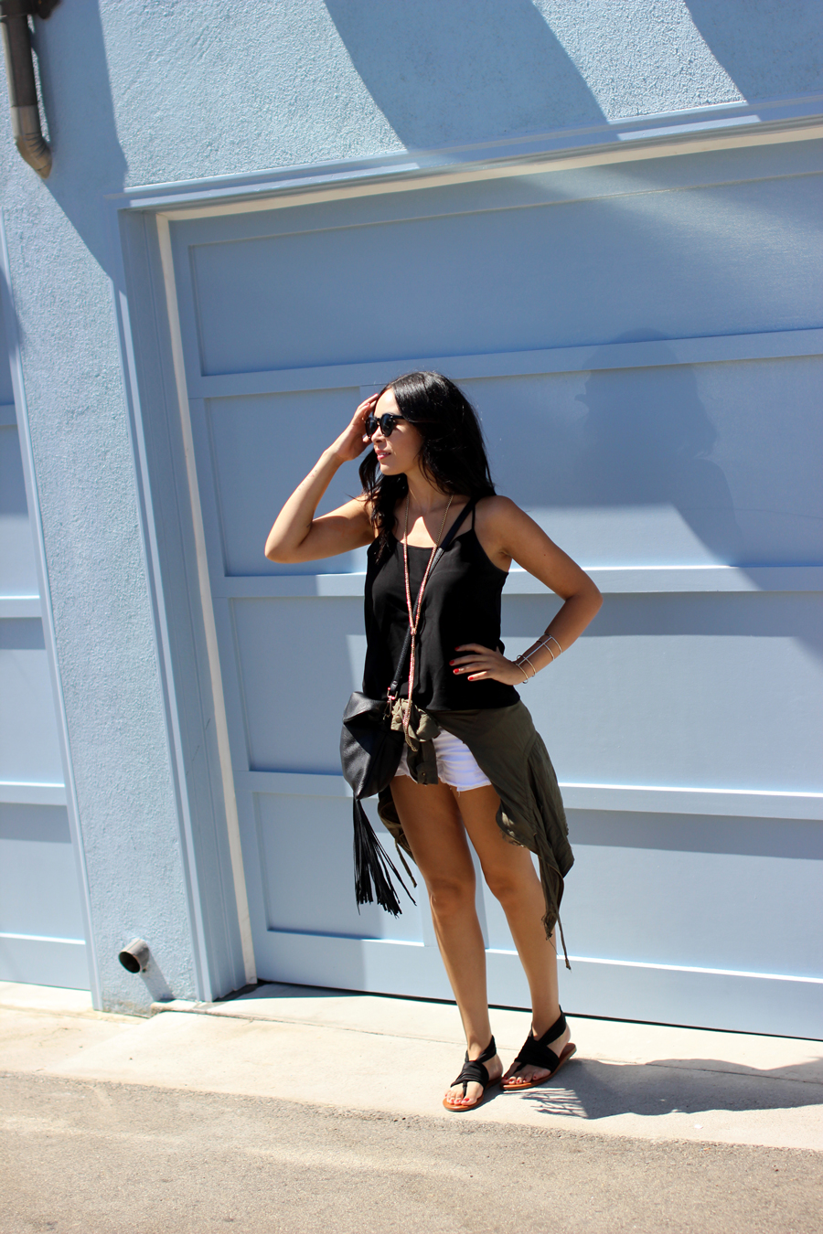 FIXIN-TO-THRILL-CALIFORNIA-VACATION-VENICE-BEACH-SHORTS-BLACK-WHITE-FALL-ATX-AUSTIN-STYLE-BLOG-SHIRTS-COLORS-TRENDS-FW15-TRENDY-CHIC-GLAM-FASHION-TEXAS-TRAVEL-5
