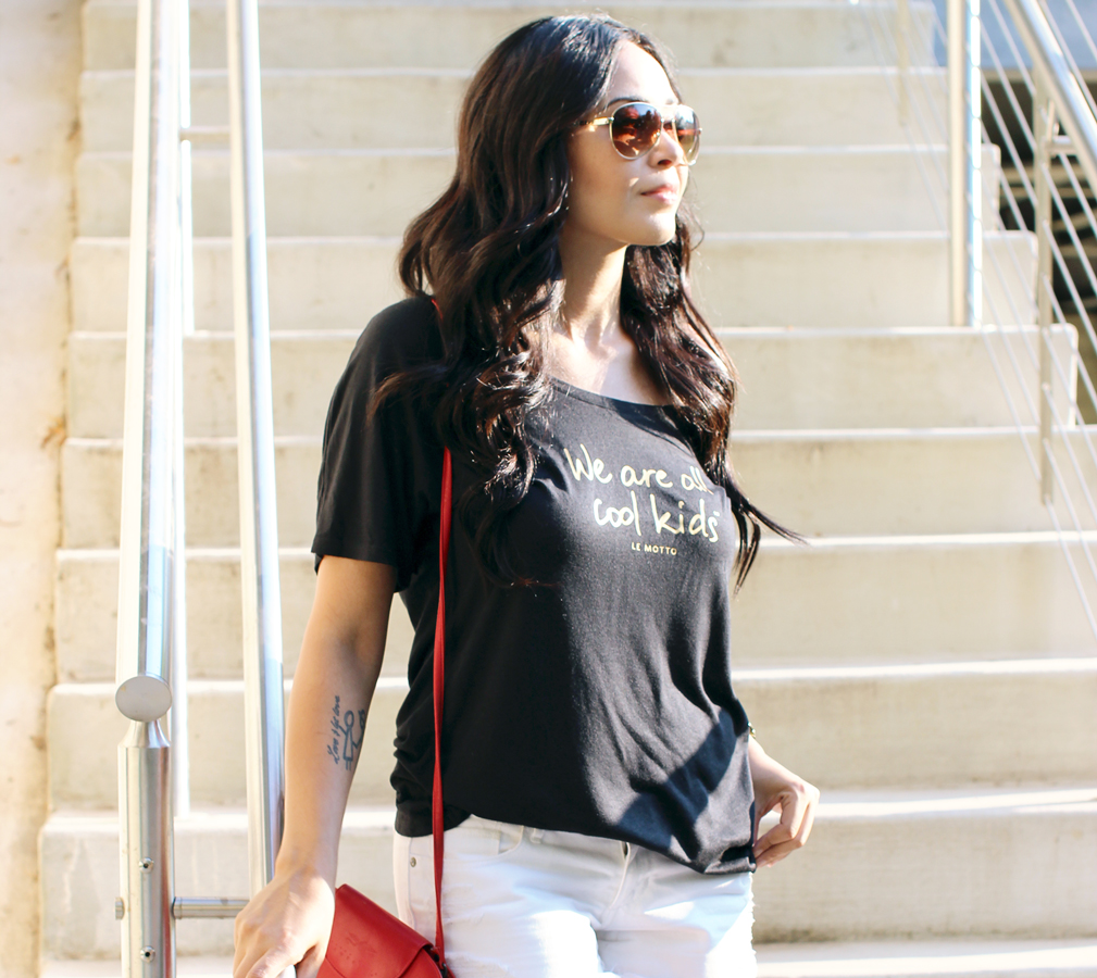 FIXIN-TO-THRILL-LE-MOTTO-ATX-AUSTIN-STYLE-BLOG-SKINNY-SHORTS-SANDALS-SHIRTS-WORDS-EMPOWERMENT-SPONSORED-TRENDS-FW15-TRENDY-CHIC-GLAM-FASHION-TEXAS-BLACK-3
