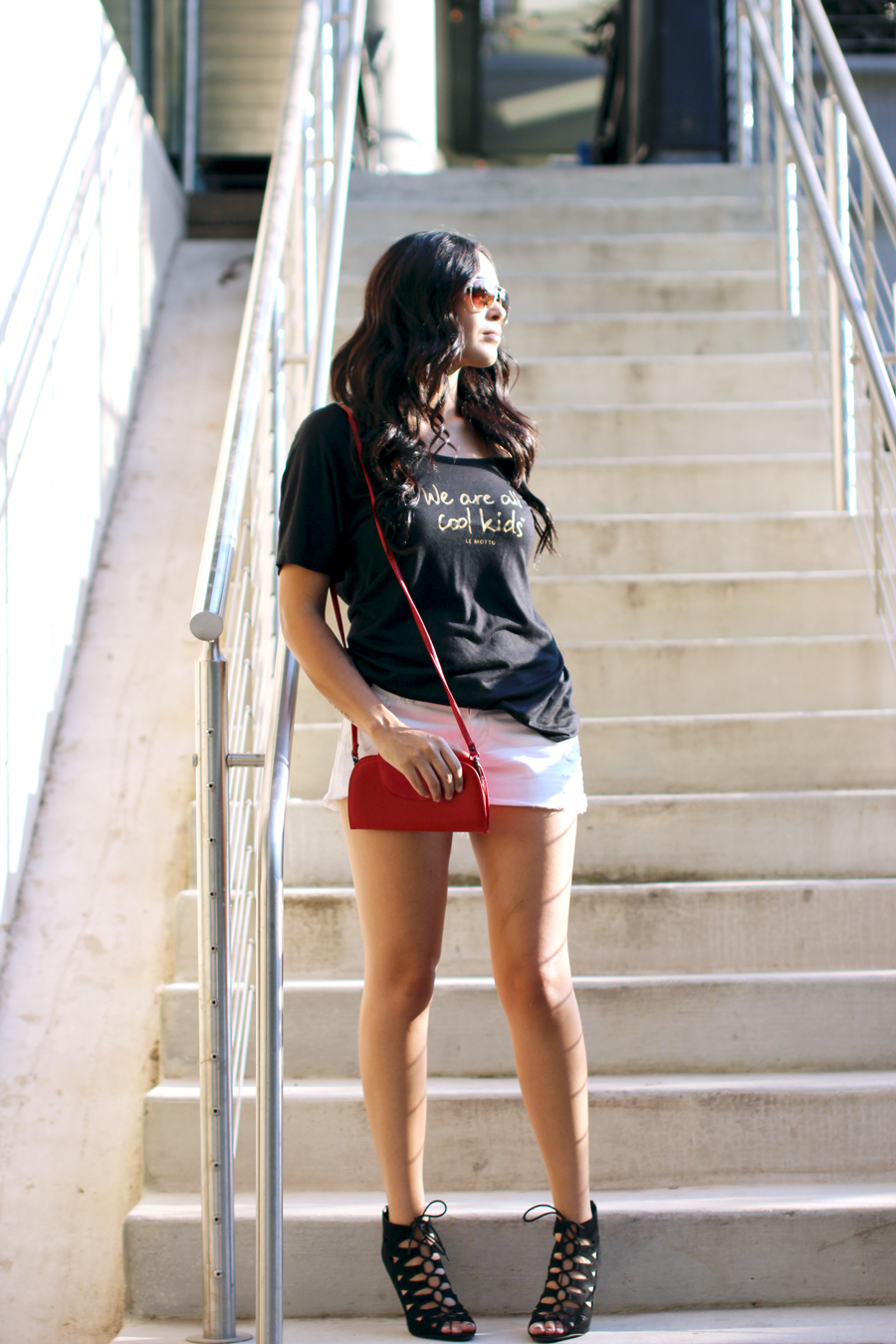 FIXIN-TO-THRILL-LE-MOTTO-ATX-AUSTIN-STYLE-BLOG-SKINNY-SHORTS-SANDALS-SHIRTS-WORDS-EMPOWERMENT-SPONSORED-TRENDS-FW15-TRENDY-CHIC-GLAM-FASHION-TEXAS-BLACK-5