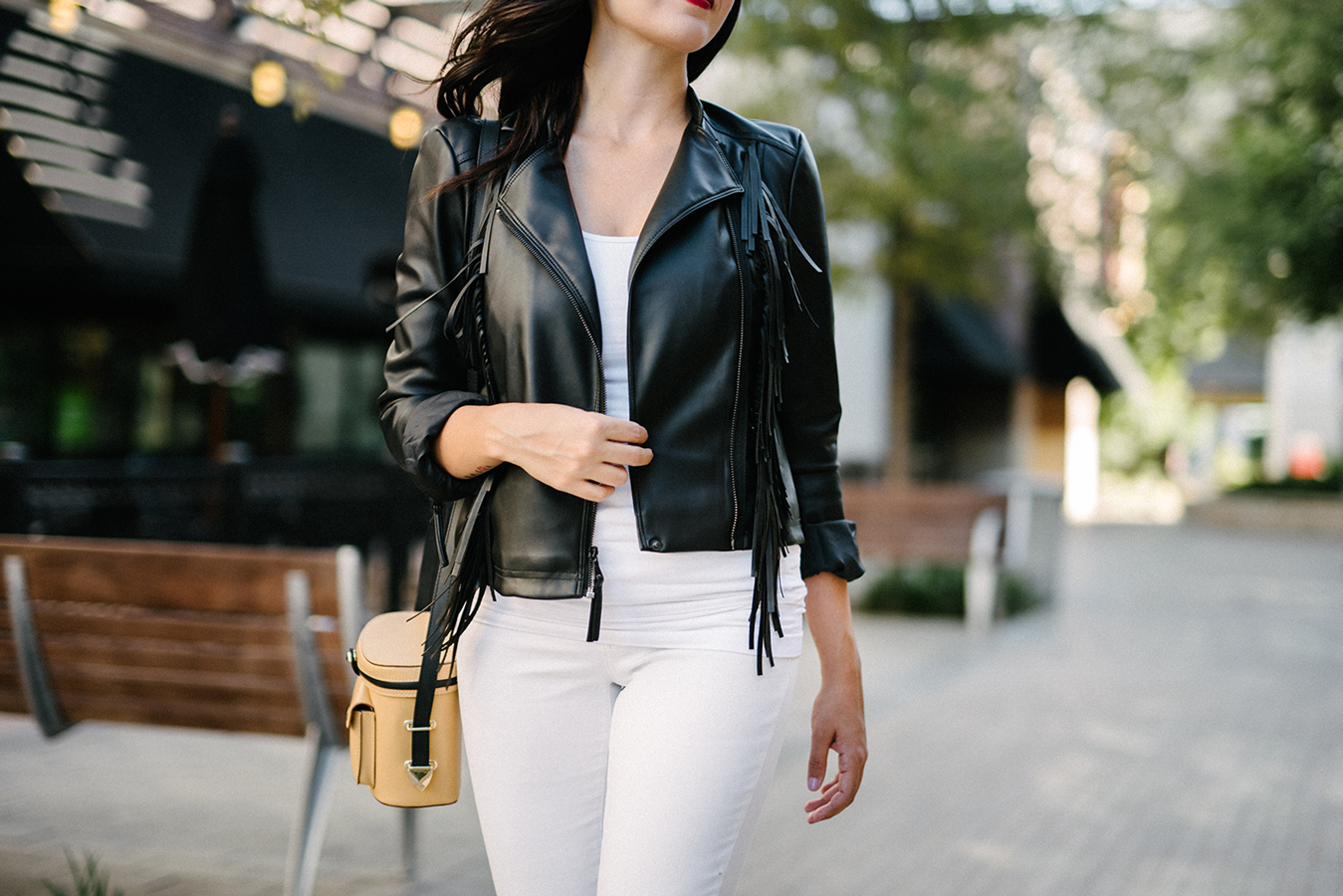 FIXIN-TO-THRILL-EXPRESS-FRINGE-LEATHER-JACKET-REBECCA-MINKOFF-TREND-CARLOS-BARRON-FALL-OCTOBER-ATX-AUSTIN-STYLE-BLOG-FW15-TRENDY-CHIC-GLAM-FASHION-TEXAS-7