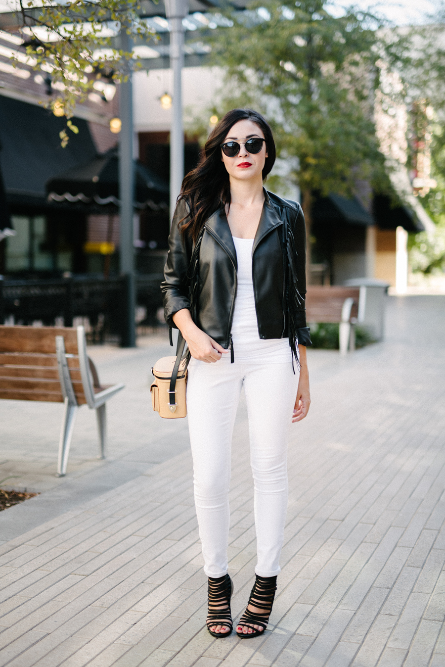 FIXIN-TO-THRILL-EXPRESS-FRINGE-LEATHER-JACKET-REBECCA-MINKOFF-TREND-CARLOS-BARRON-FALL-OCTOBER-ATX-AUSTIN-STYLE-BLOG-FW15-TRENDY-CHIC-GLAM-FASHION-TEXAS-8