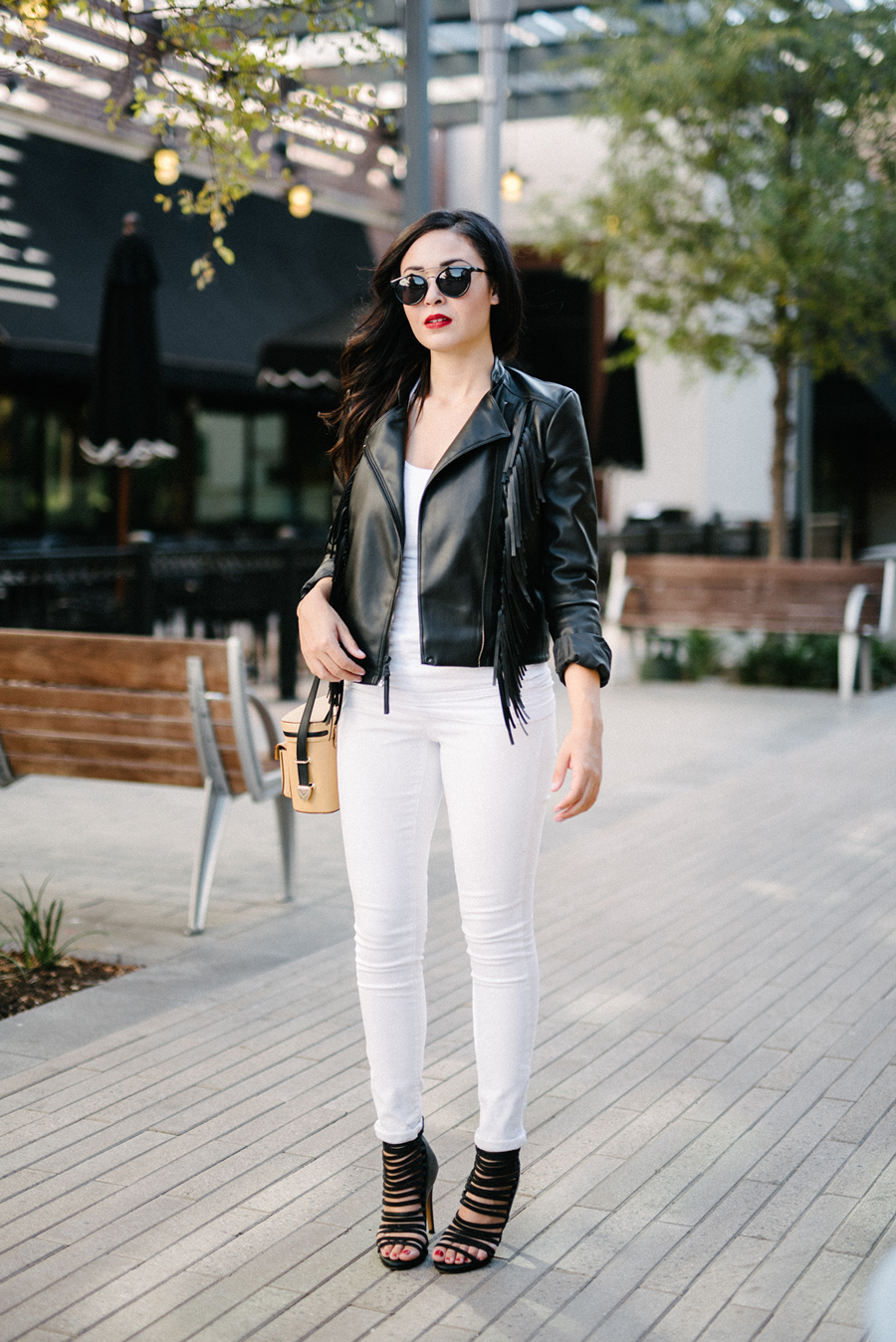 FIXIN-TO-THRILL-EXPRESS-FRINGE-LEATHER-JACKET-REBECCA-MINKOFF-TREND-CARLOS-BARRON-FALL-OCTOBER-ATX-AUSTIN-STYLE-BLOG-FW15-TRENDY-CHIC-GLAM-FASHION-TEXAS-9