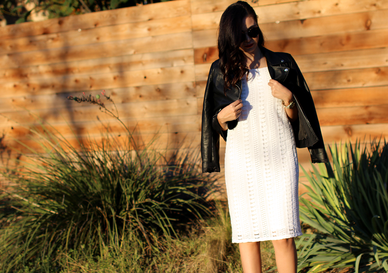 FIXIN-TO-THRILL-WHITE-HALTER-DRESS-STRAPPY-HEELS-LEATHER-TREND-FALL-OCTOBER-ATX-AUSTIN-STYLE-BLOG-FW15-TRENDY-CHIC-GLAM-TEXAS-6