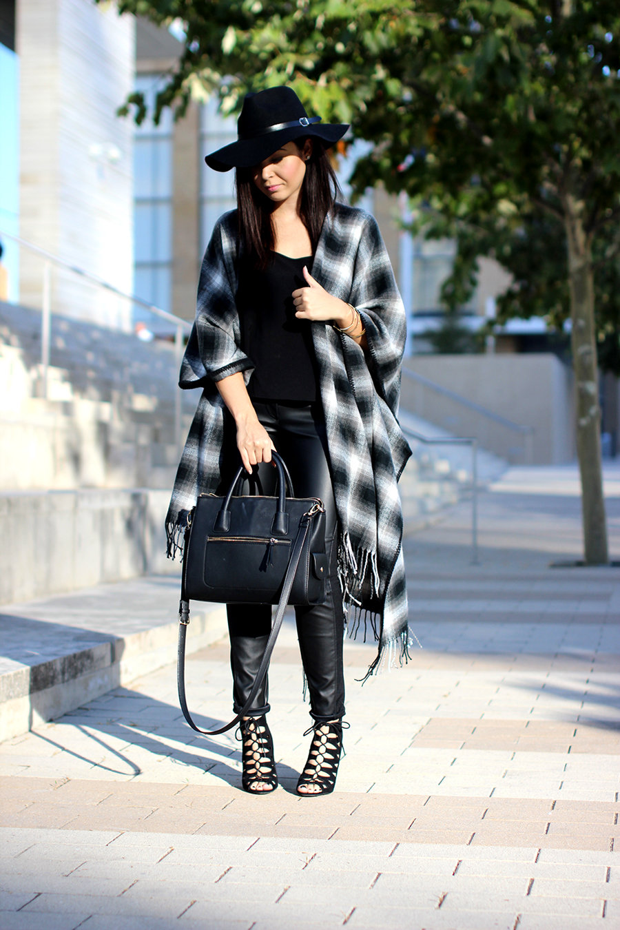 FIXIN-TO-THRILL-OVERSIZED-SCARF-CHECK-LEATHER-BLACK-NOVEMBER-ATX-AUSTIN-STYLE-BLOG-FW15-TRENDY-CHIC-GLAM-TEXAS