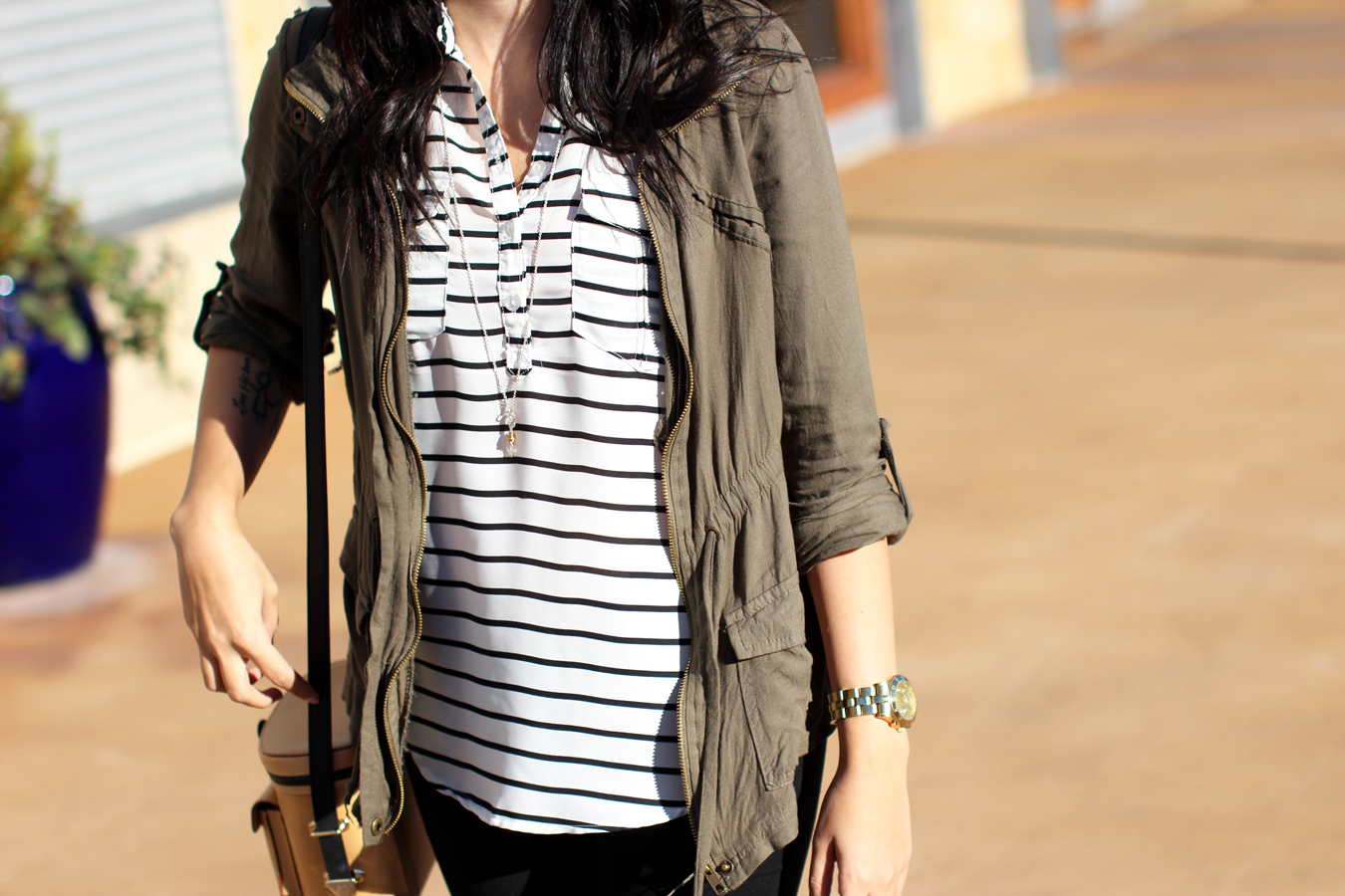 FTT-CARGO-JACKET-SHOPPING-HILL-COUNTRY-GALLERIA-SKINNY-JEANS-STRIPES-5