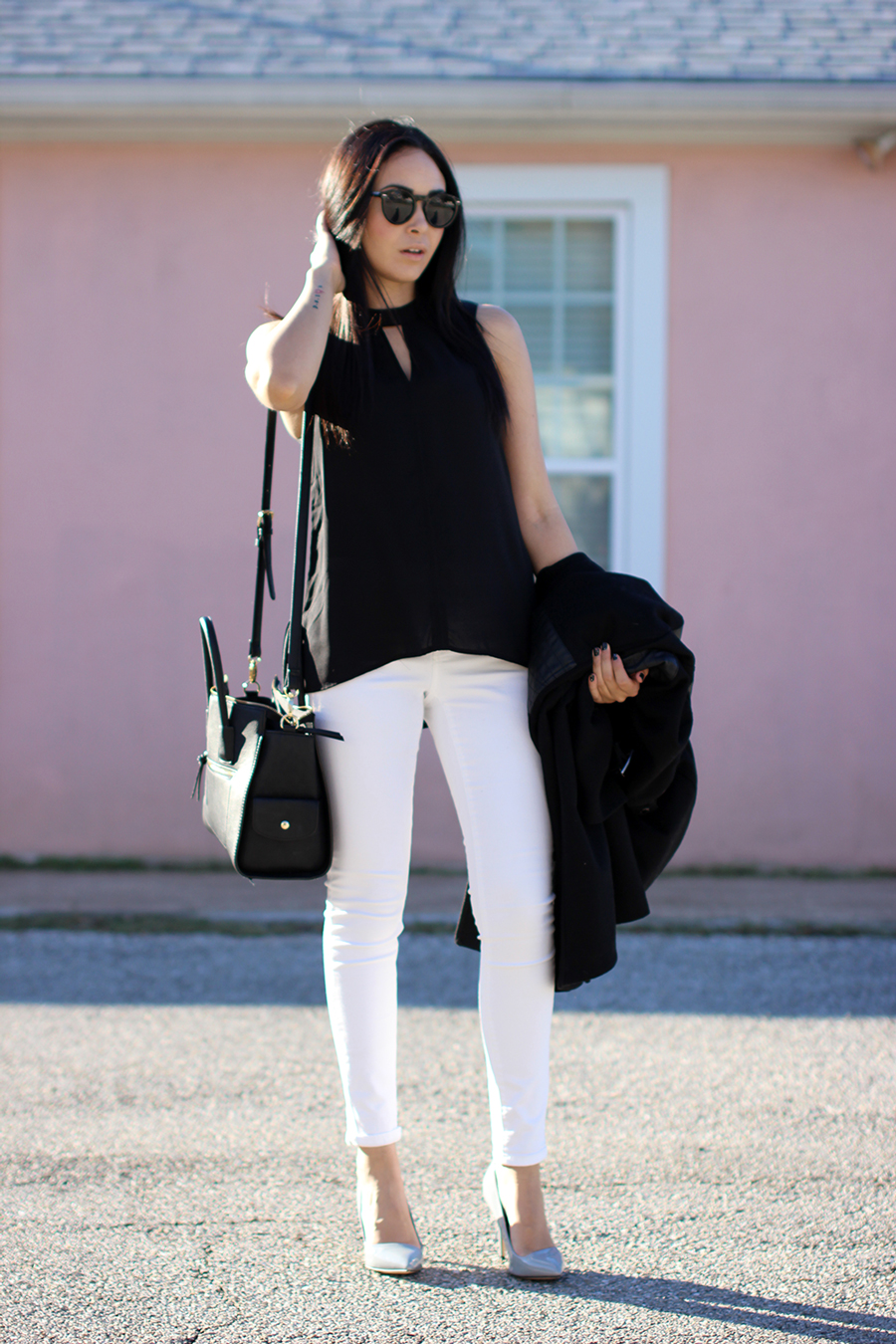 Fixin to Thrill: BCBG Coat and white skinny jeans