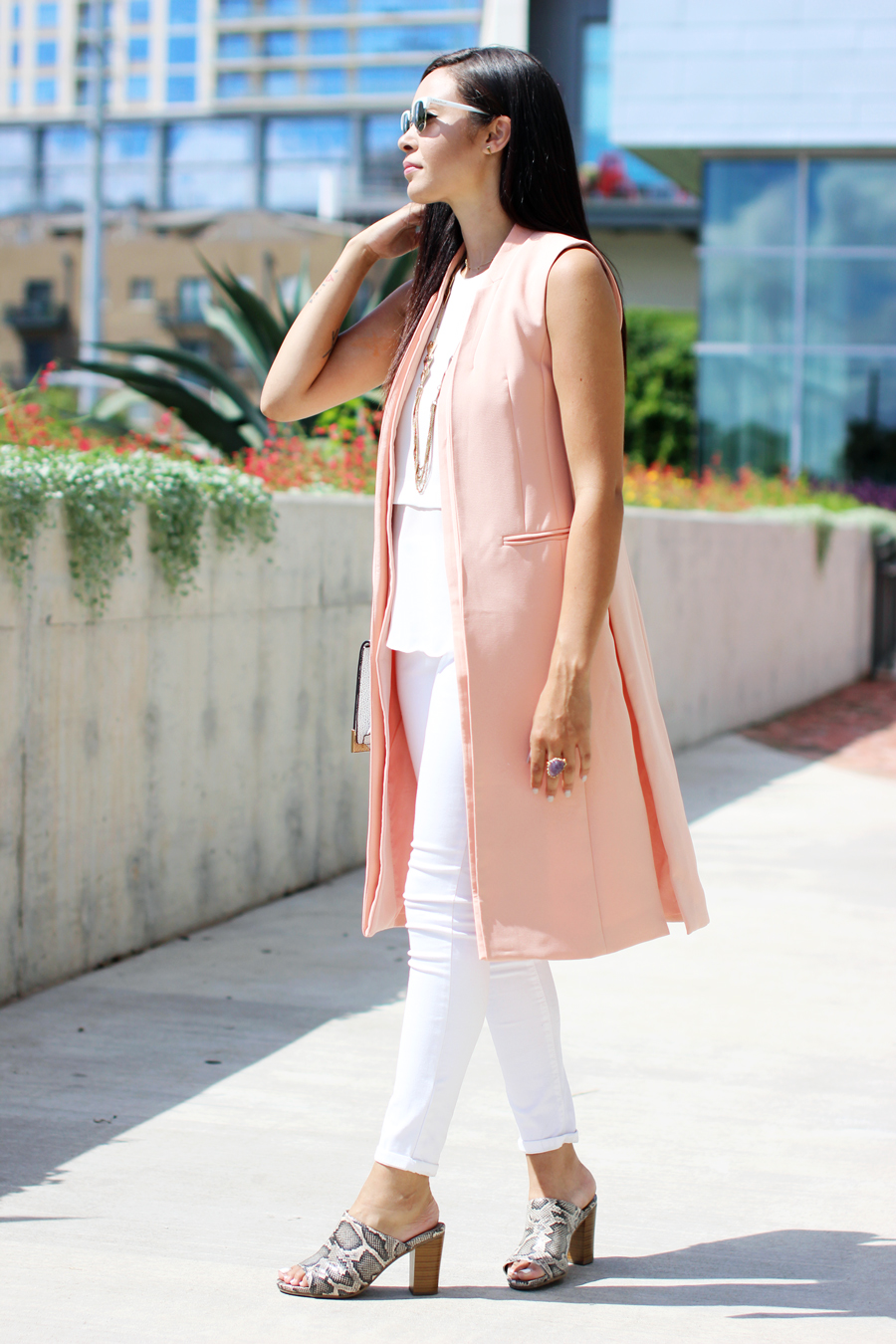 FTT-LILY-JAMES-COLLECTION-PINK-VEST-WHITE-LOOK-MULES-15