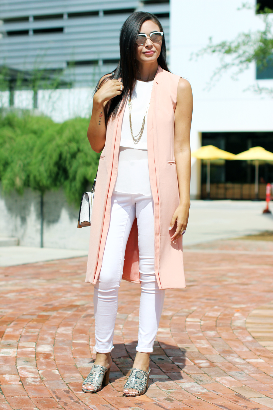 FTT-LILY-JAMES-COLLECTION-PINK-VEST-WHITE-LOOK-MULES-4